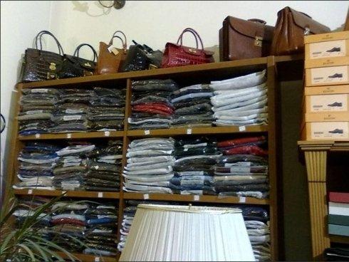 I clienti potranno scegliere tra una vasta proposta di tessuti diversi per la realizzazione degli abiti che maggiormente li rappresentano.