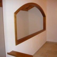 stipite ad arco, particolare interno casa