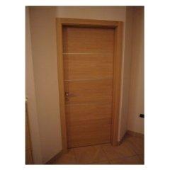 porta con telaio in legno, porte con binario