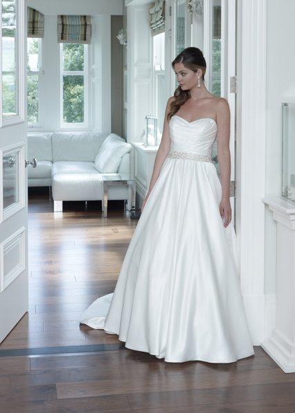 Designer bridal wear | Montrose | Brides Unlimited