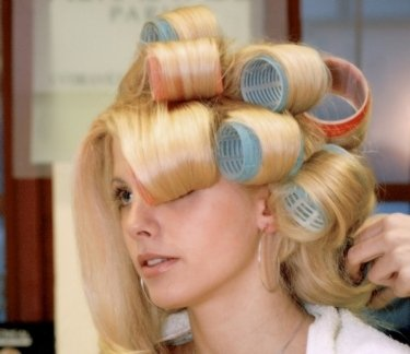 acconciature capelli, acconciature femminili, messa in piega
