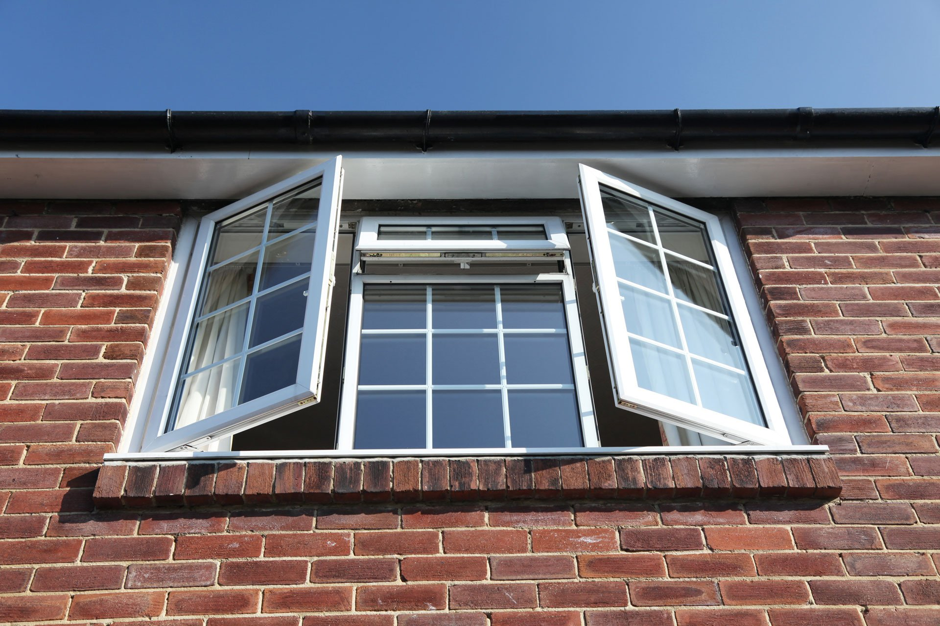 Window repairs in egham by we fix double glazing repairs for Double glazing window repairs