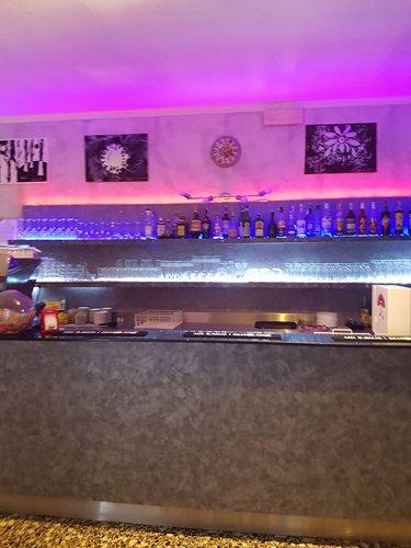 Bar del ristorante pizzeria La Cascinetta a Gerre De' Caprioli