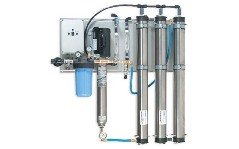 acqua pura industrie manifatturiere