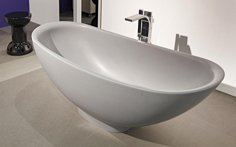Dimensioni Vasca Da Bagno Tradizionale : Vasche da bagno per anziani per un bagno sicuro progettodoccia