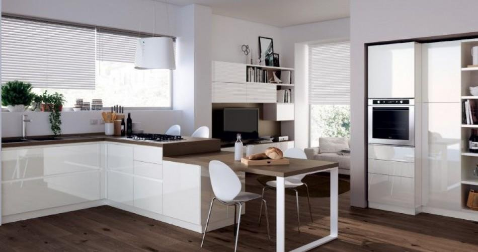 Cucine in legno laccato