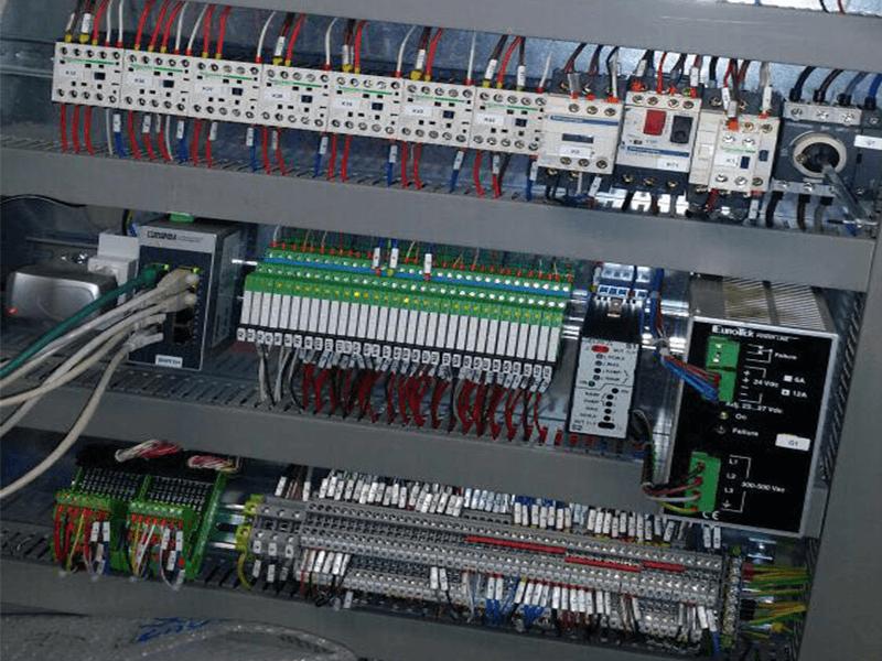installazione_montaggio_riparazione_quadro_elettrico