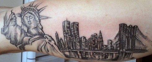 Tatuaggi cosce