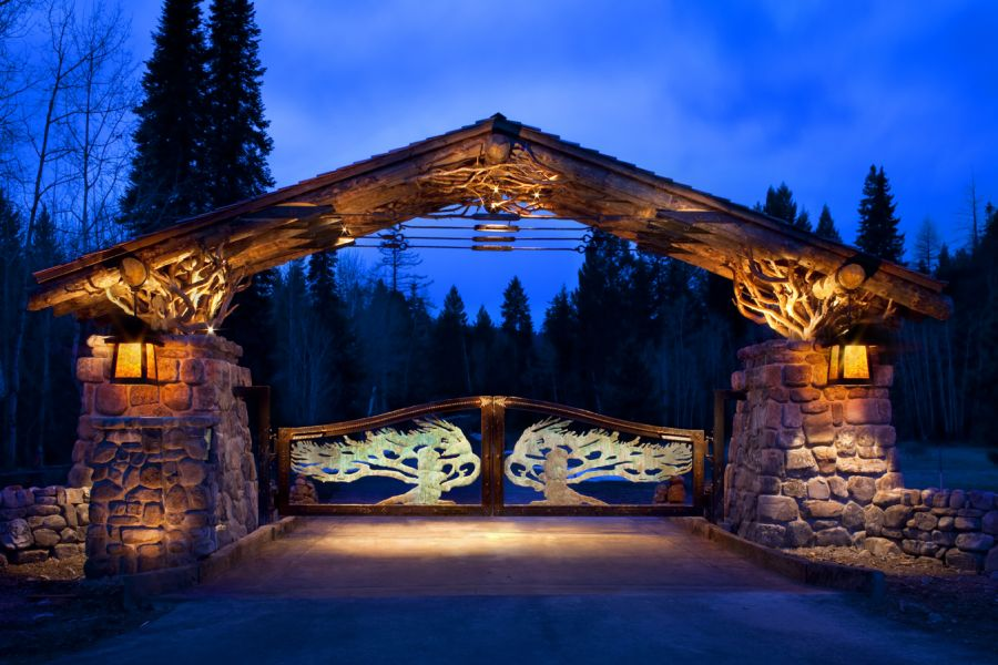 Krummholz Gate in Kalispell, MT manufactured through steel fabrication