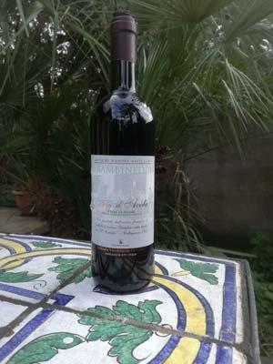 bottiglia di Nero D'Avola