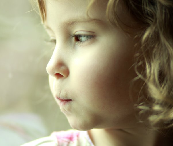 A close up of a young girl's face