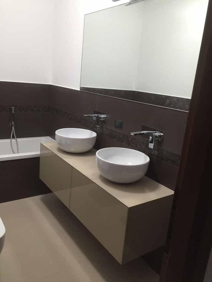 lavabo e specchio