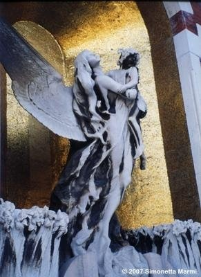 scultura da restaurare