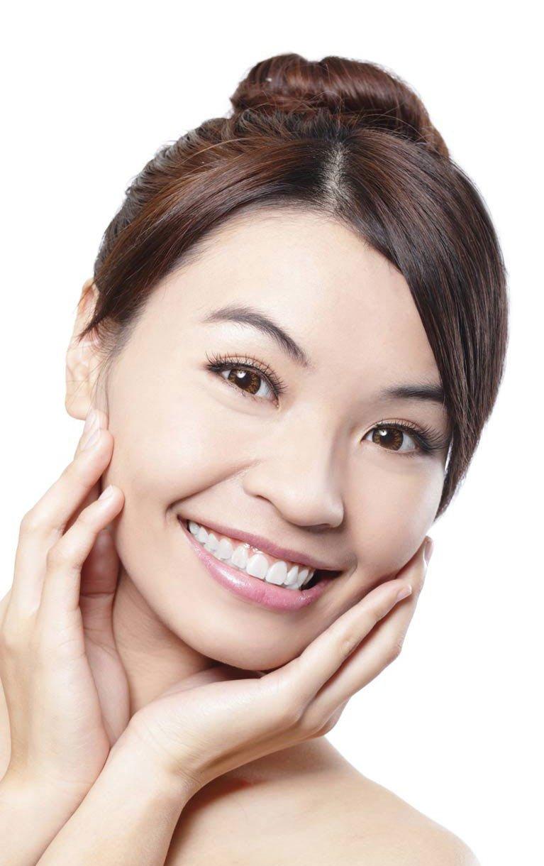 hyalite dental happy smiling
