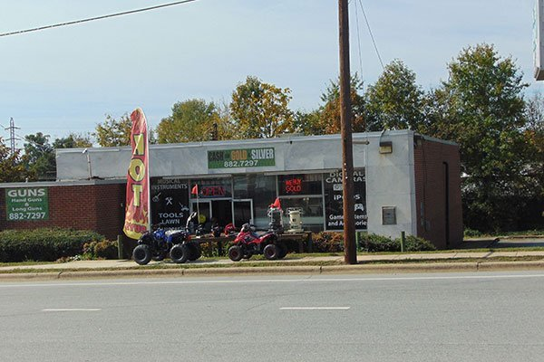 Bikes in front of West Green Pawn shop