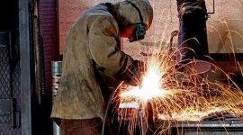 lavorazione lamiera in ferro, carpenteria, metallo ferroso