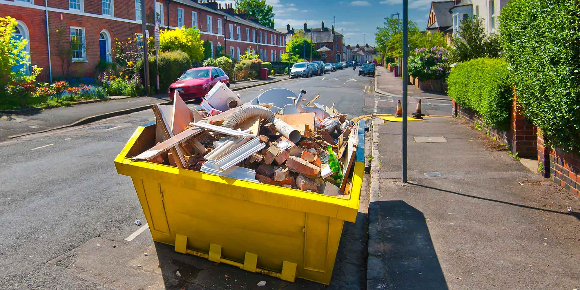 Garbage skips offered for hire by Hillfoot Waste Management Ltd