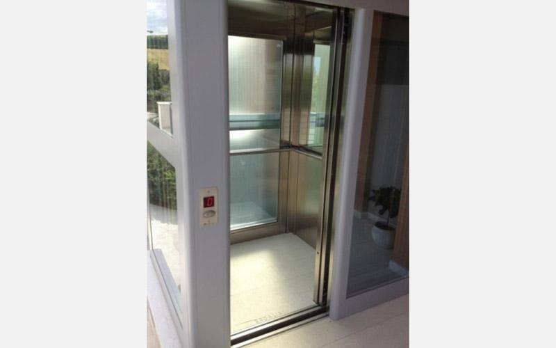 porta ascensore per esterni