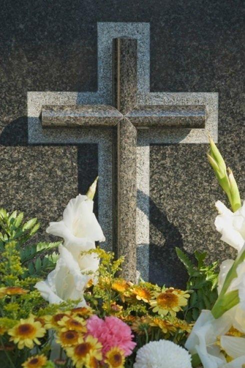 croce in cimitero