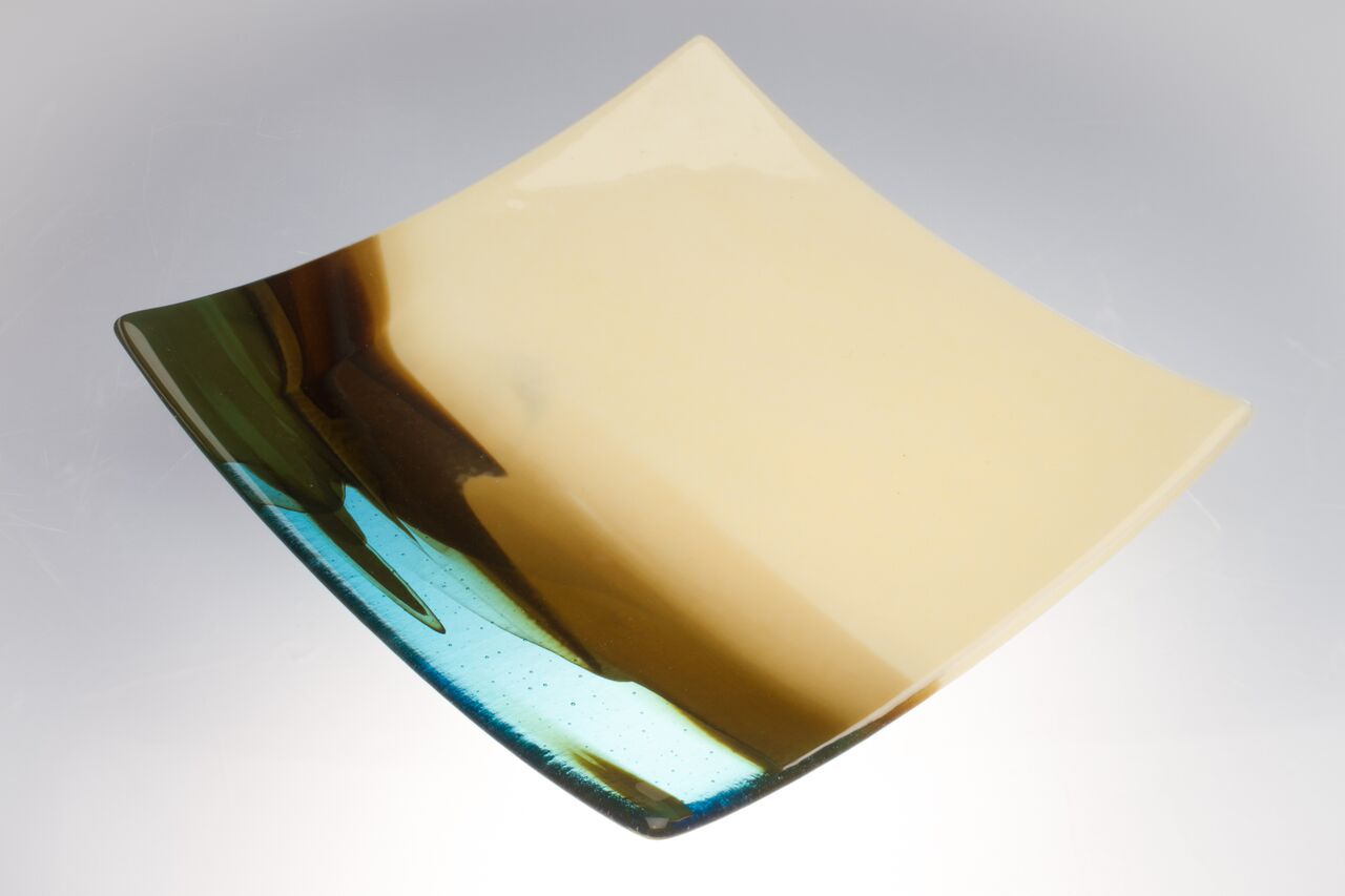 custom colour combination for the glass plate