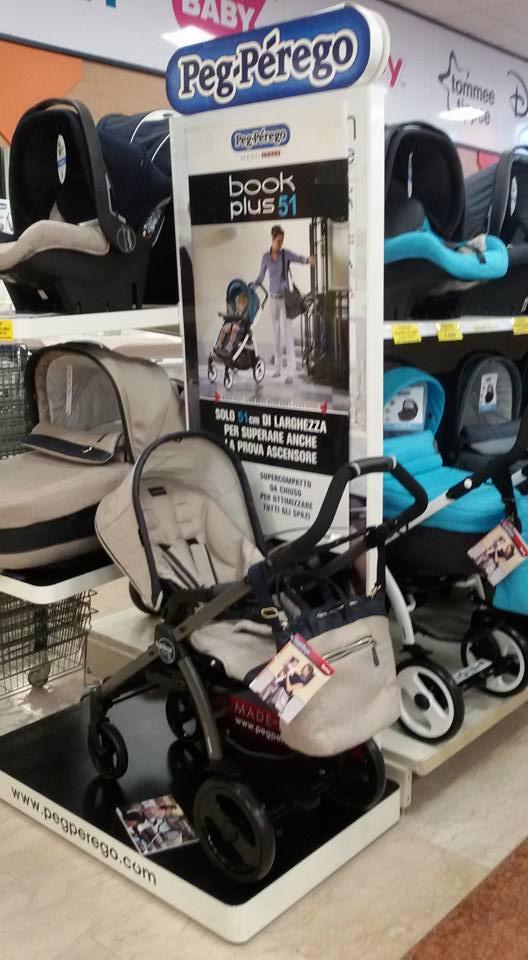 Auto di bebe e sedie per l'auto