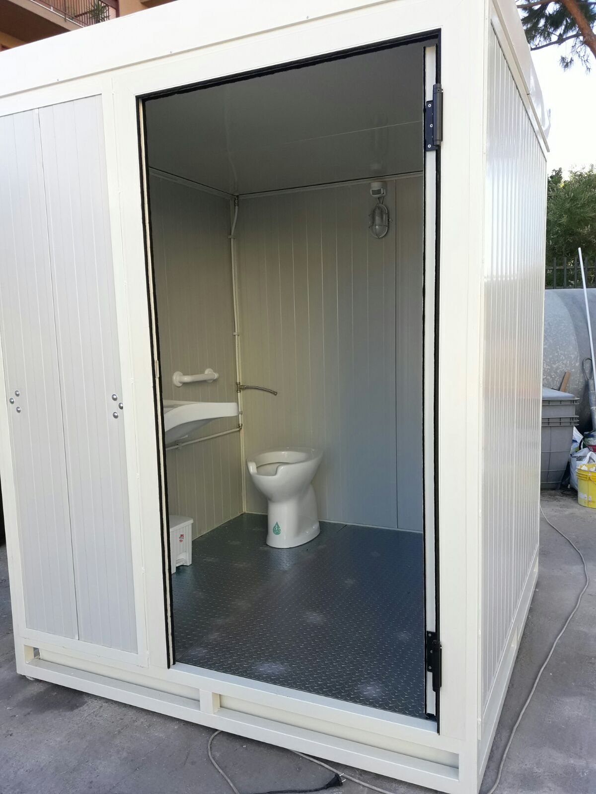 bagno chimico per disabili