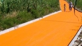 pista ciclabile colorata
