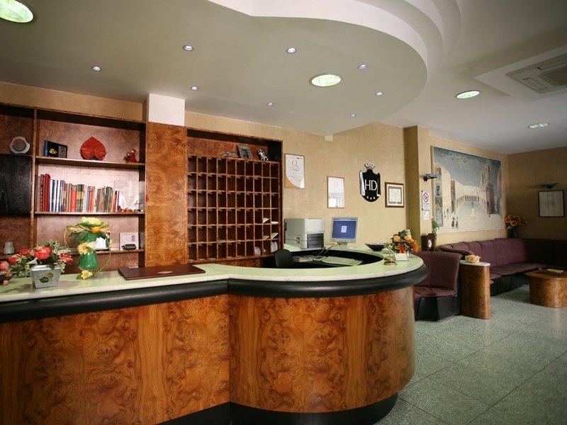 Reception Hotel I Duchi di Camerino