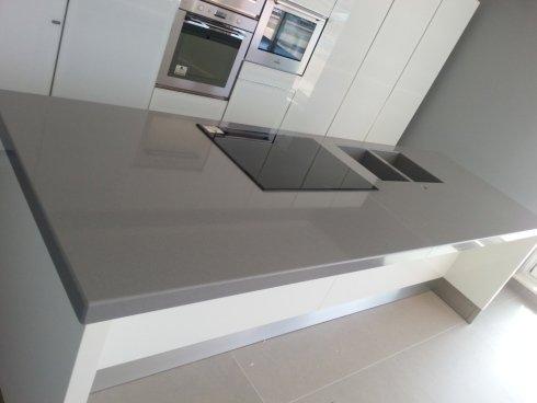 ripiano cucina in marmo grigio