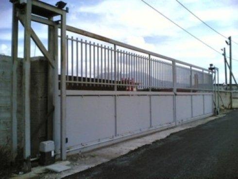 cancello in ferro scorrevole