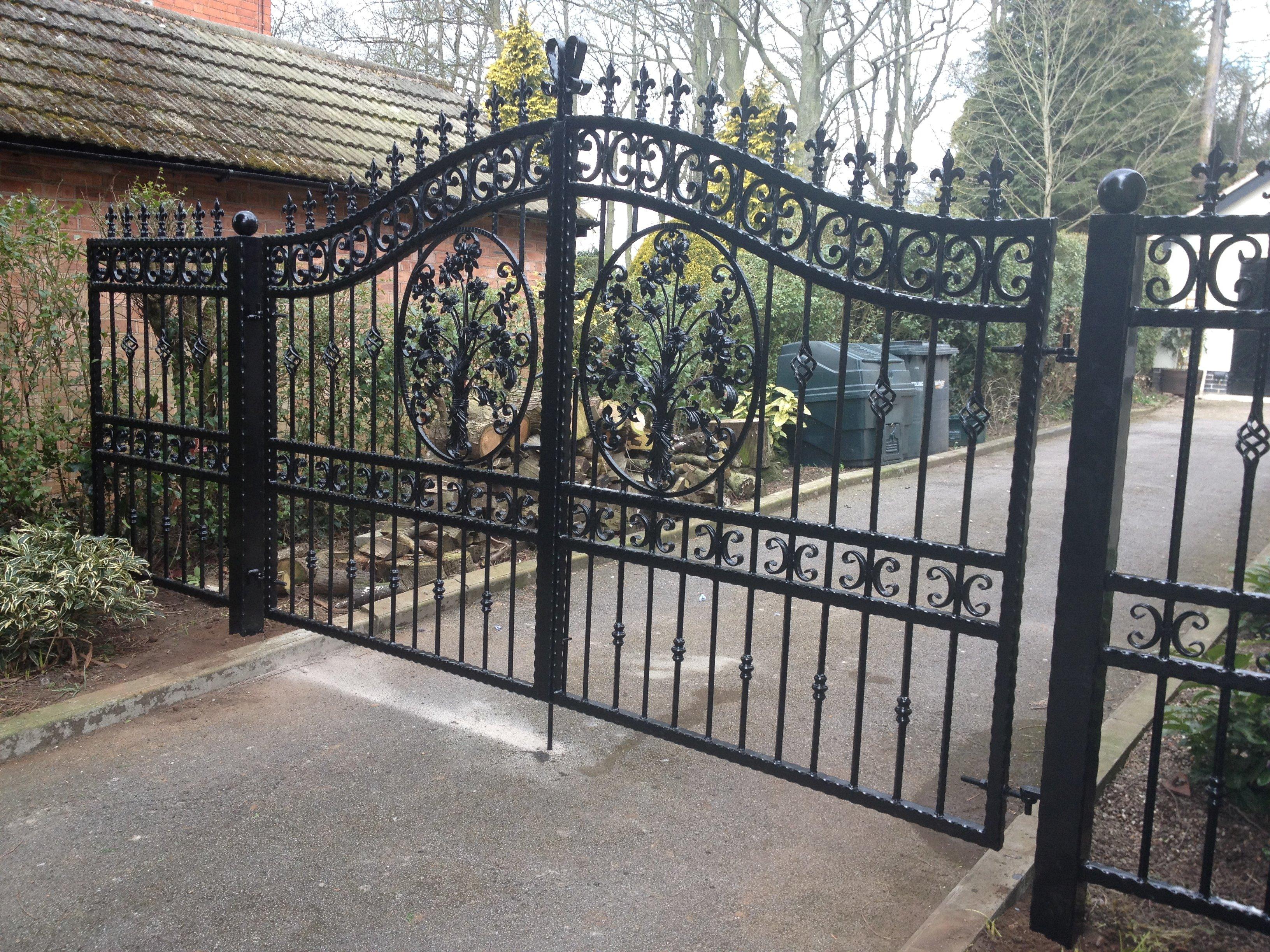Iron Gates Fabrication