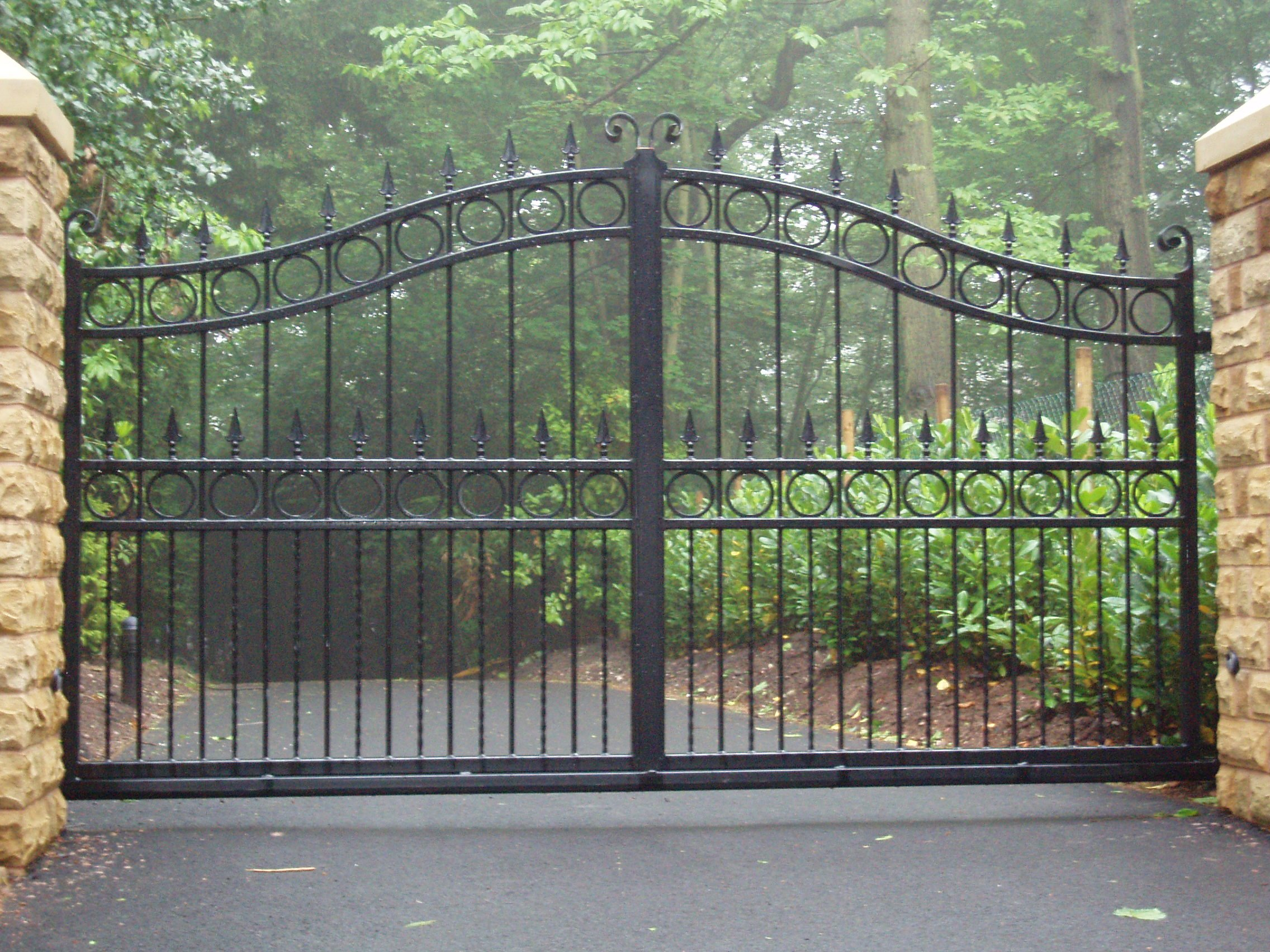commercial iron gates