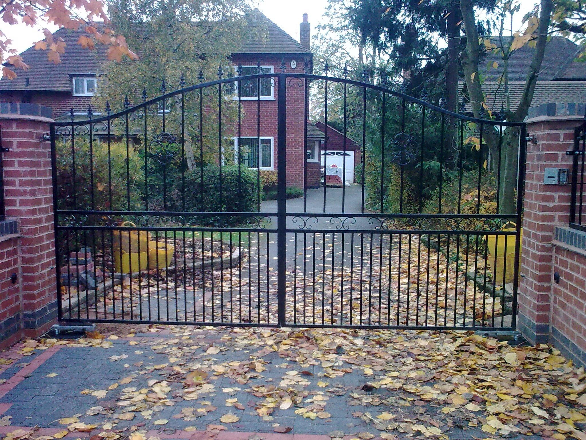 iron gates fabricators