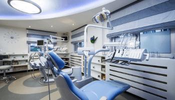 dentista, studio dentistico, poltrona, azzurro