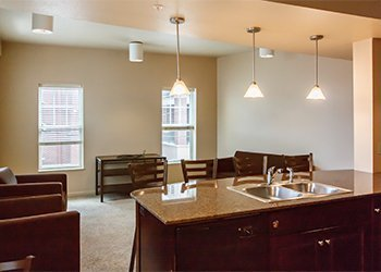 fully furnished college rentals