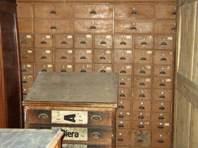 delle antiche cassette delle lettere
