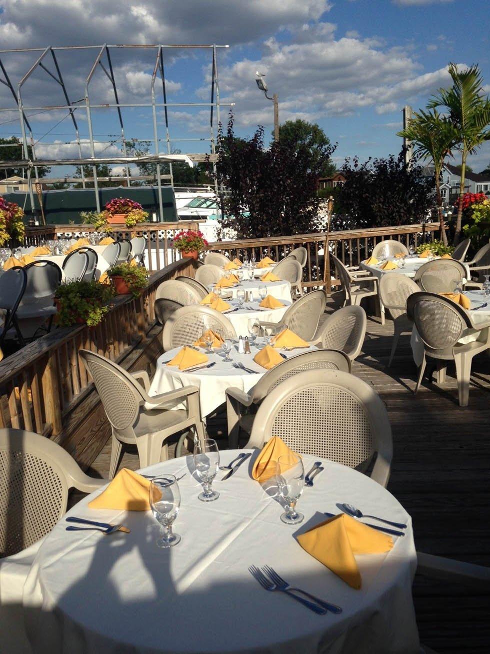 Waterfront Dining Merrick Ny