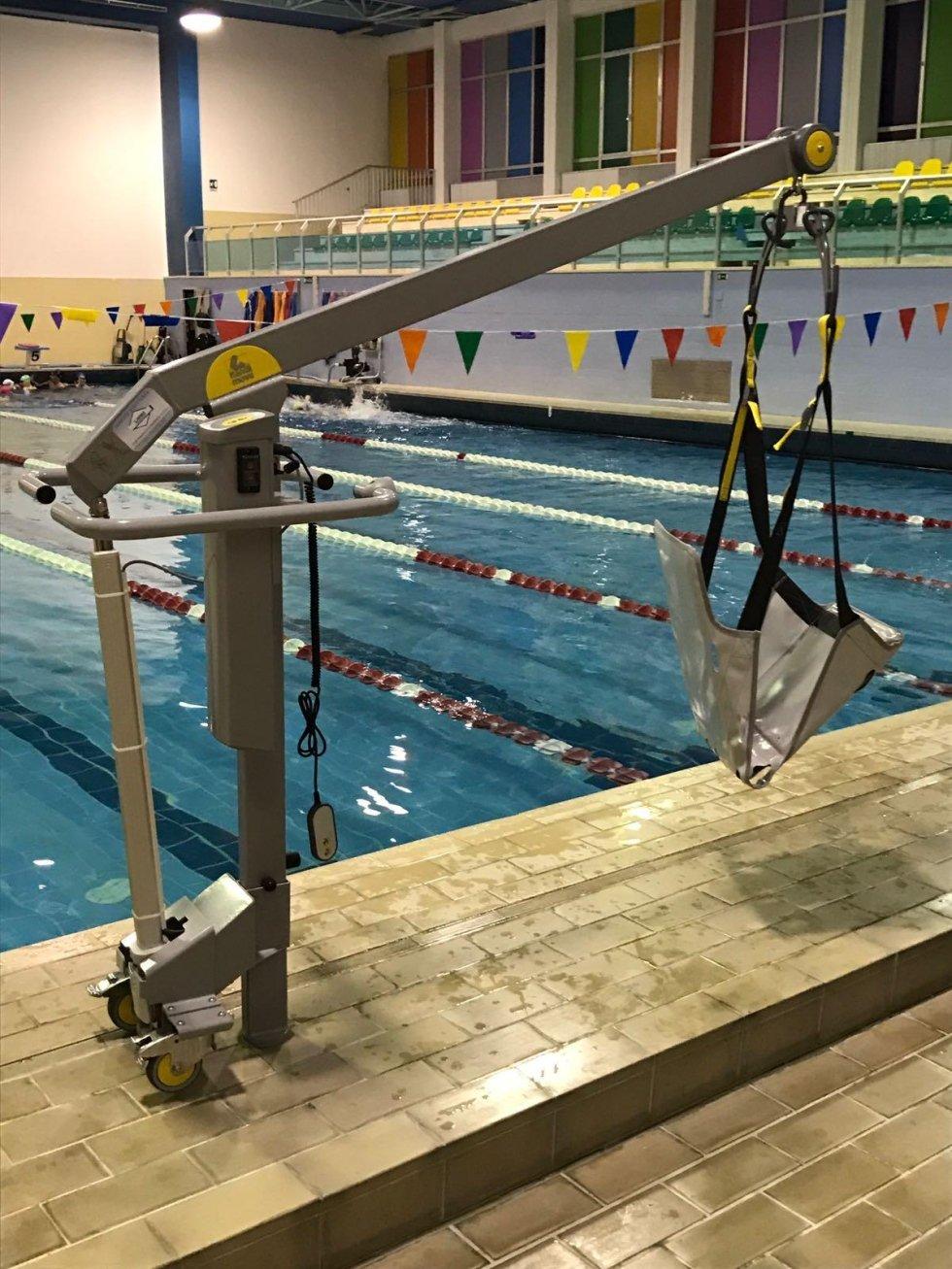 sollevatore piscine