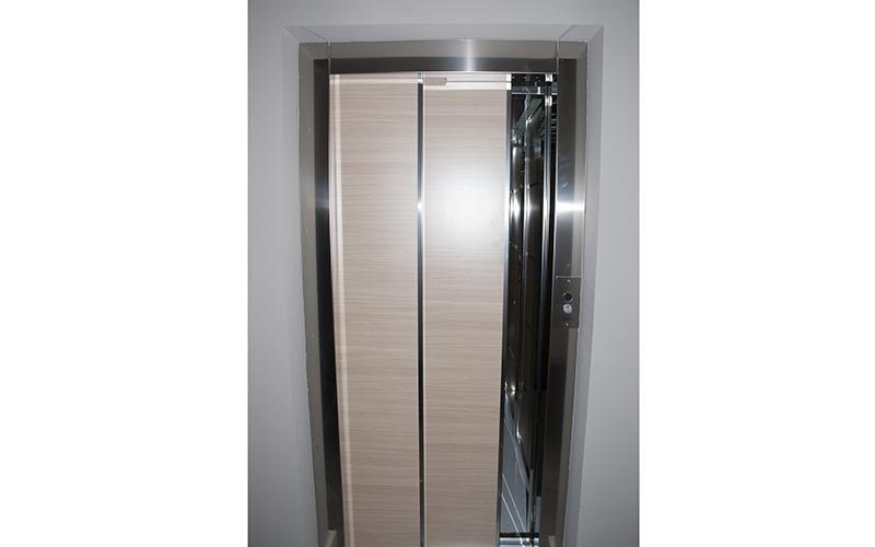Porta ascensore melfi