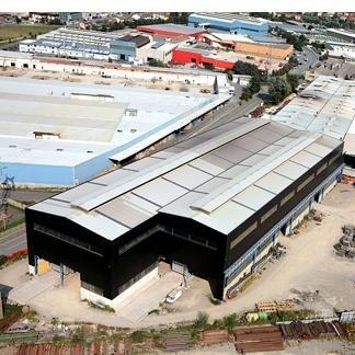 realizzazione centro commerciale e parcheggi annessi