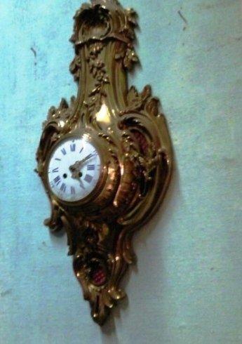 Cartel in bronzo dorato. Fine Ottocento