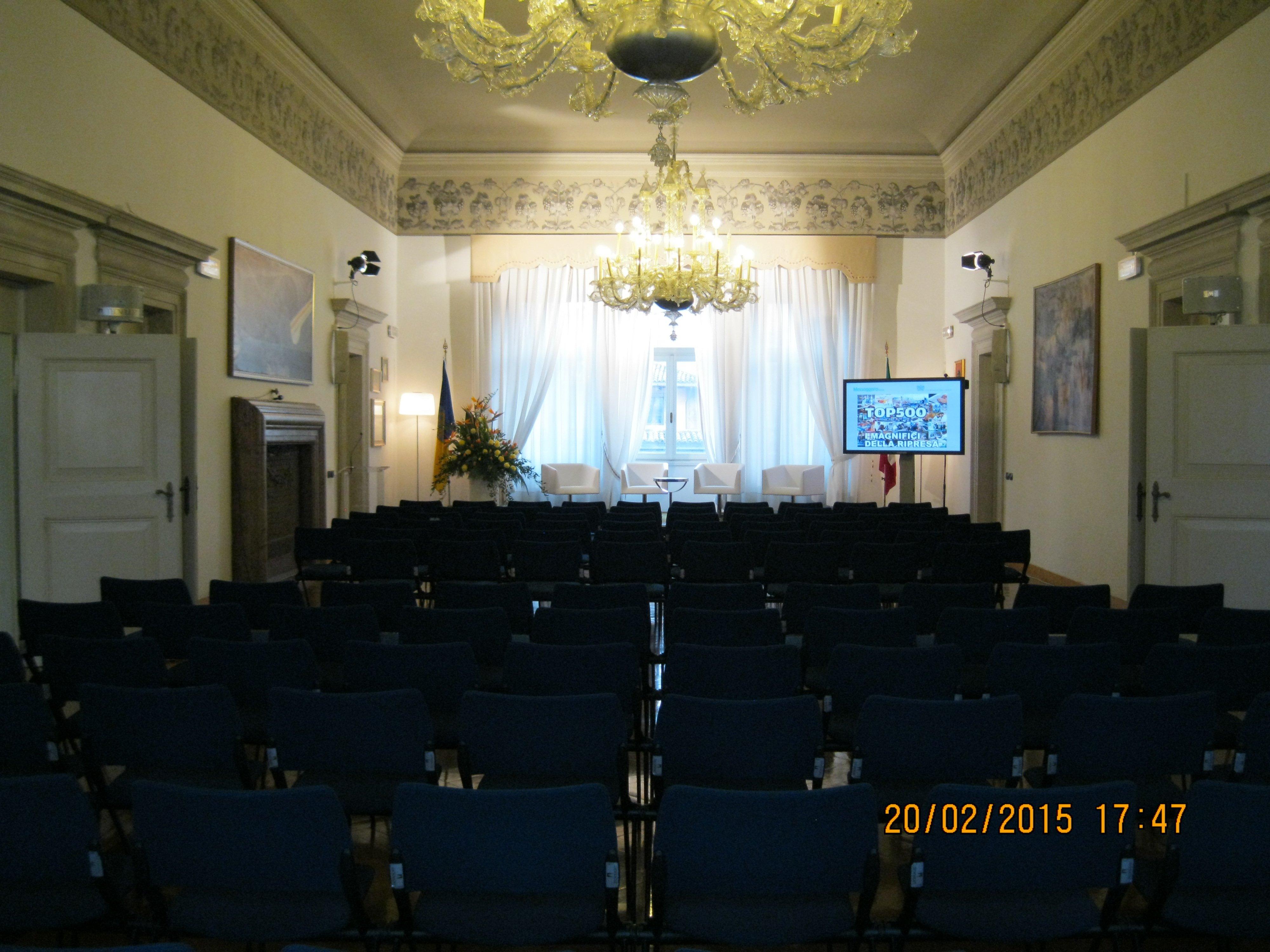 conferenza in un palazzo ducale