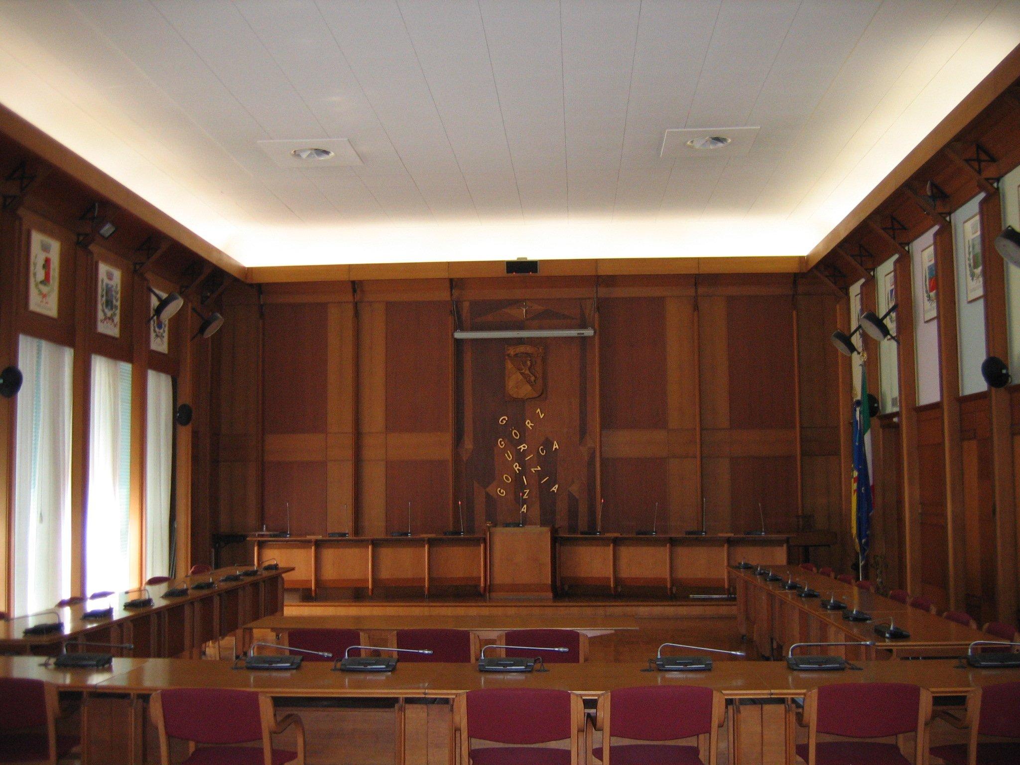 stanza riunioni in legno