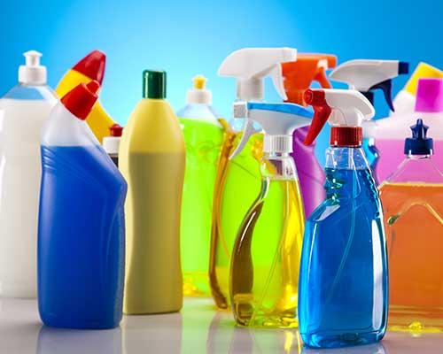prodotti per la pulizia di diverso genere
