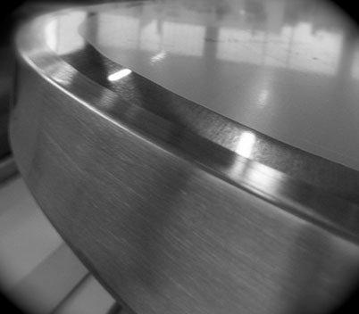 vista da vicino di un mobile in acciaio