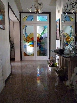 Vetrate decorative per porte
