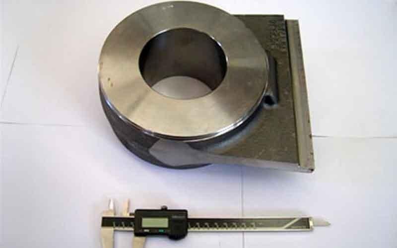 Anfertigung von Komponenten für Industriefahrzeuge