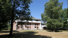 residenza per anziani con parco, struttura ricettiva immersa nel verde, casa di riposo in montagna