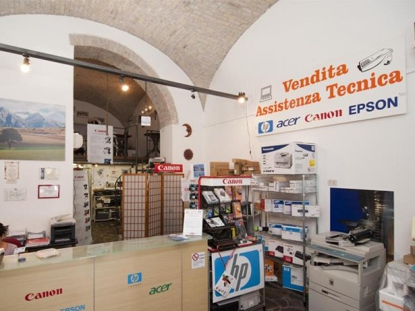negozio tecnologia ufficio roma