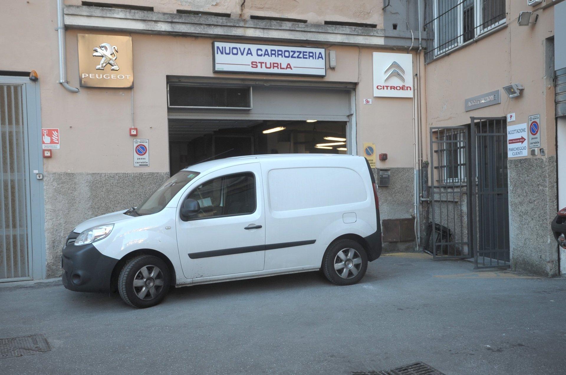 assistenza e ripristino carrozzeria auto Genova
